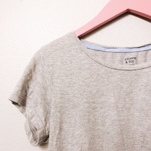 THE PERFECT GRAY TEE